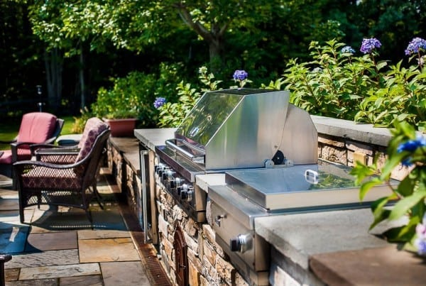 Outdoor kitchen by Belknap Landscape Co.